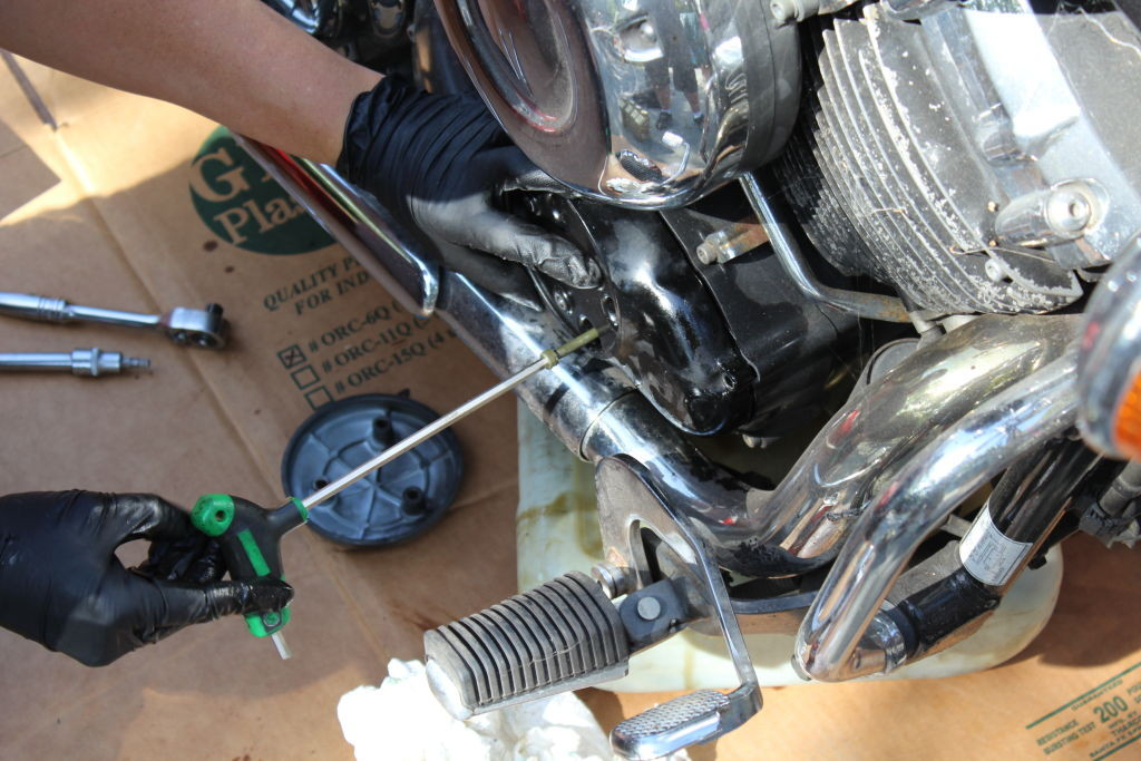 Replacing the inner filter cover